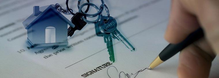 Immobilien Kaufvertrag mit Unterschrift